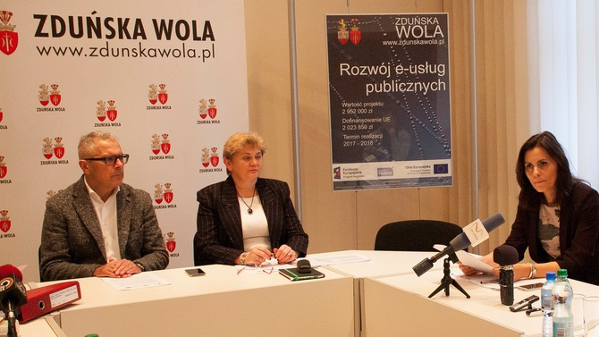 Display zdu ska wola news 2